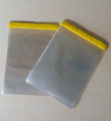 envelope com aba adesivada