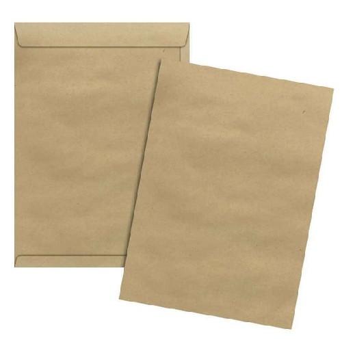 envelope em papel kraft